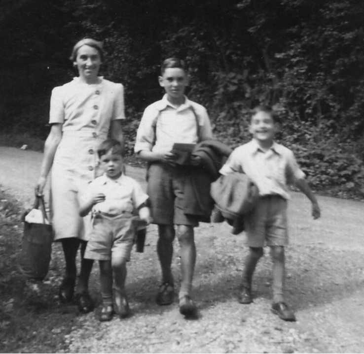 A country walk, August Bank Holiday 1950